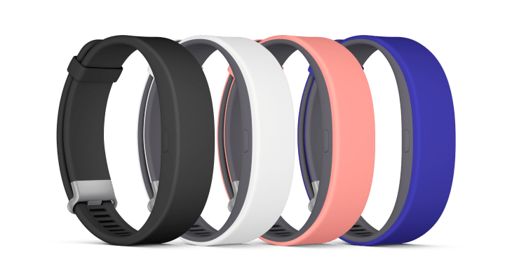 SmartBand-2-groupimage