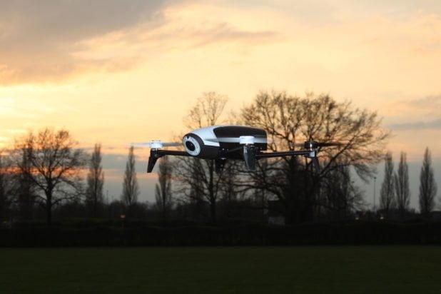 Review: Parrot Bebop 2 met Skycontroller - Intogadgets nl