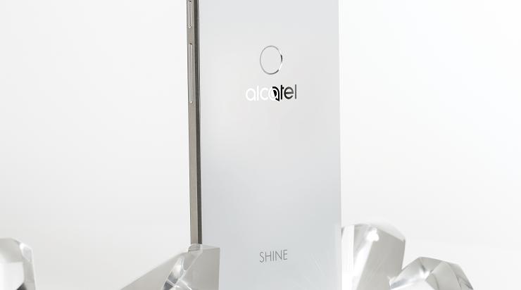 Nieuws: Alcatel Shine Lite nu verkrijgbaar