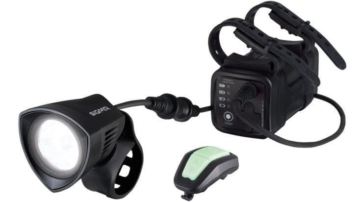 Review: Sigma Buster 2000 – voor lange nachtritten